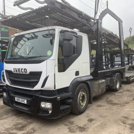 2015 IVECO 440 LOW KMS EURO 6 LOHR UNDER 4 MTS